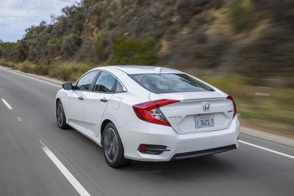 Giá xe Honda Civic 2016