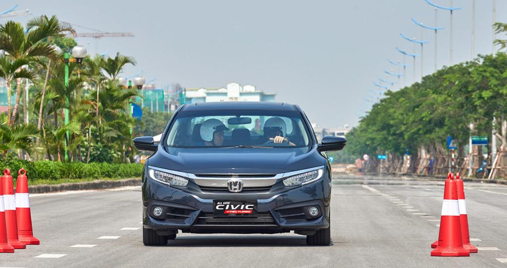 Trải nghiệm Honda Civic 1.5L VTEC TURBO 2017